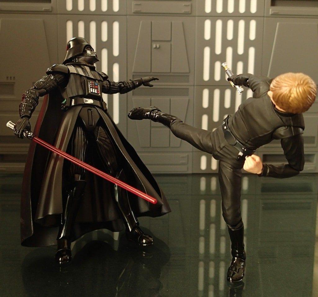 SH Figuarts Luke Skywalker vs Darth Vader