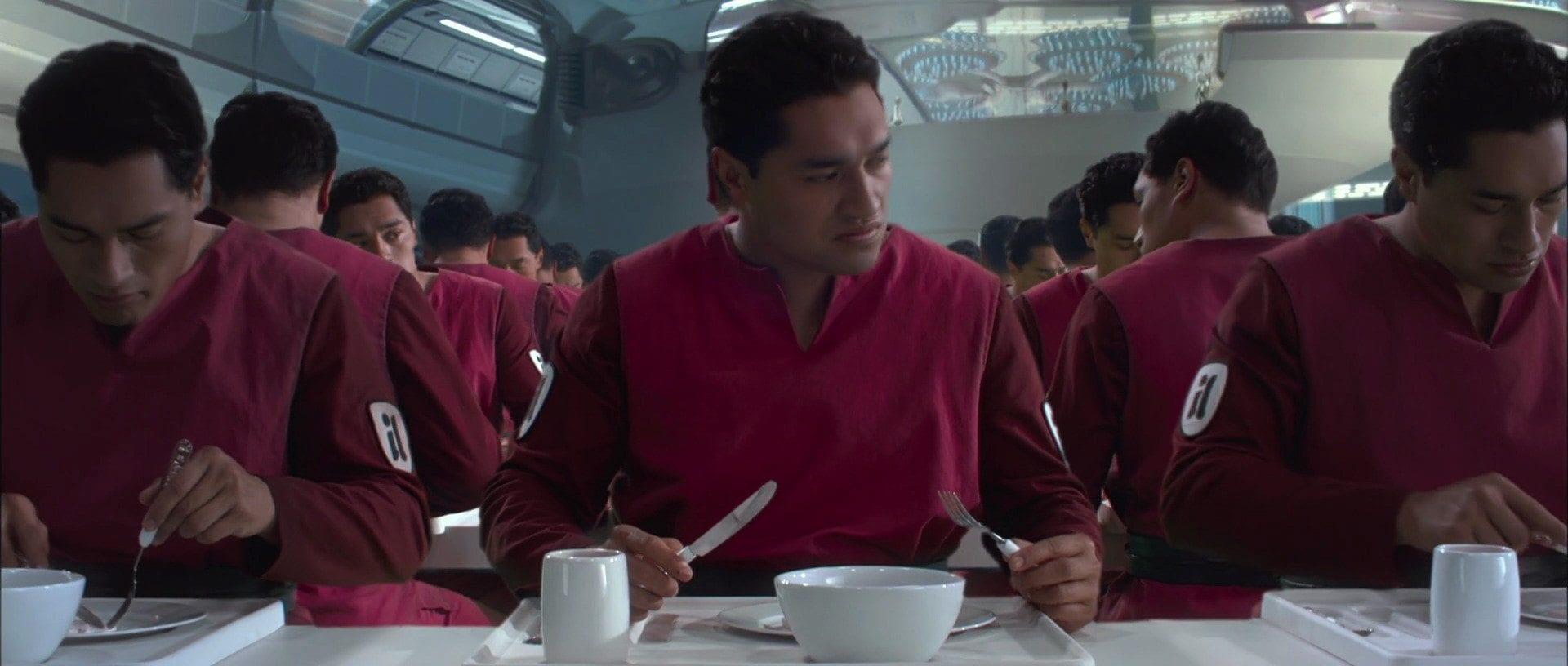 clones eating