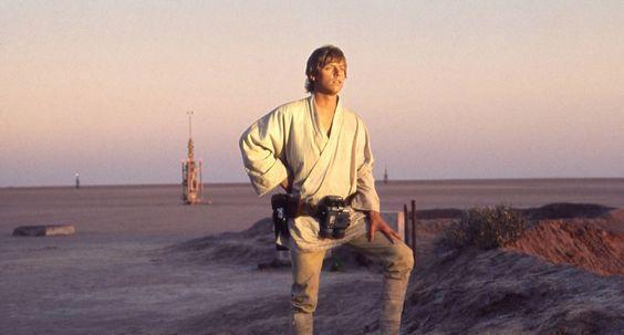 luke looking at horizon- Star Wars politics