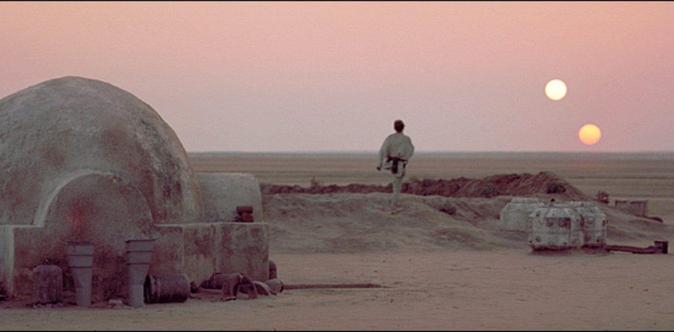 Star Wars mysteries - twin suns