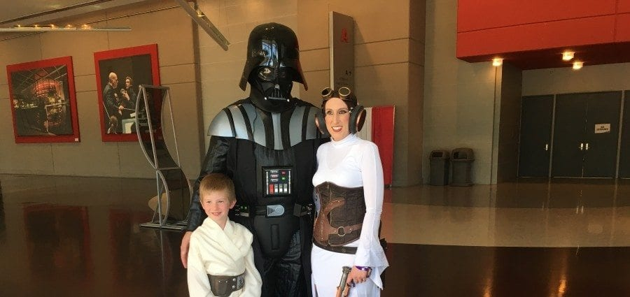 Fan Expo Dallas - Vader and Leia Cosplay