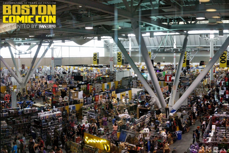 Scenes from boston comic con 2017 fan expo boston for Craft fair boston 2017