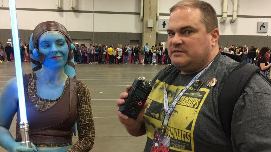 FAN EXPO Dallas 2018 - Darth Taxus meets Aayla Secura