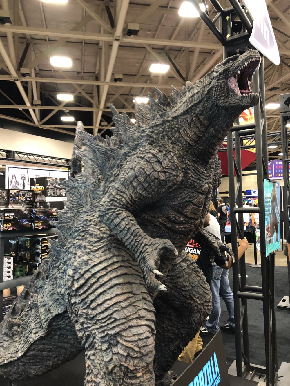 Fan Expo Dallas 2019 - Godzilla