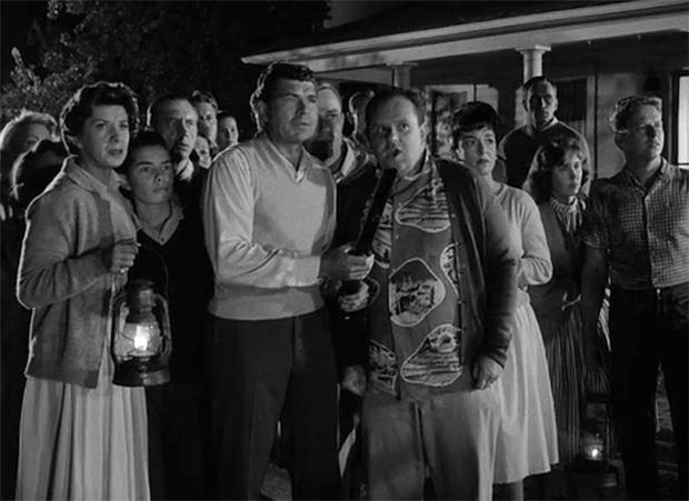 Twilight Zone - Monsters are Due on Maple Street