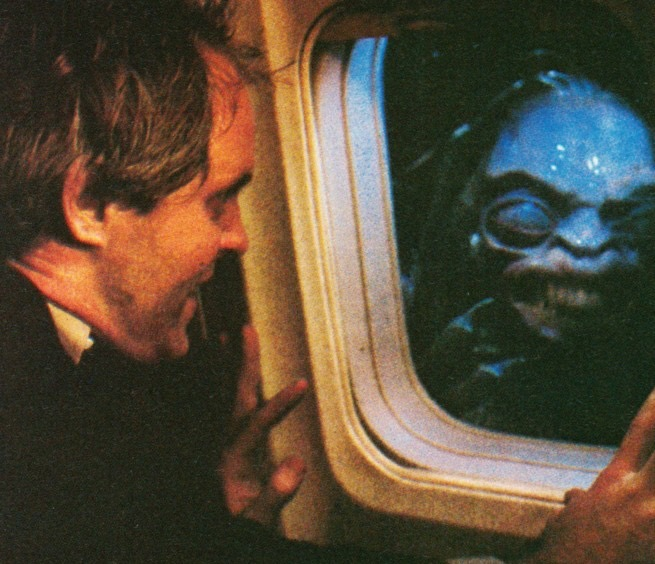 Twilight Zone - Nightmare at 20,000 feet